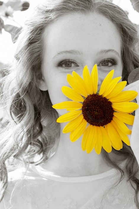 Outdoor High School Senior Photos. Sunflower. Black and white.
